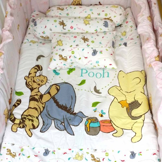 Disney Classic Pooh 4-in-1 Set c/w Comforter, Pillow and Bolsters